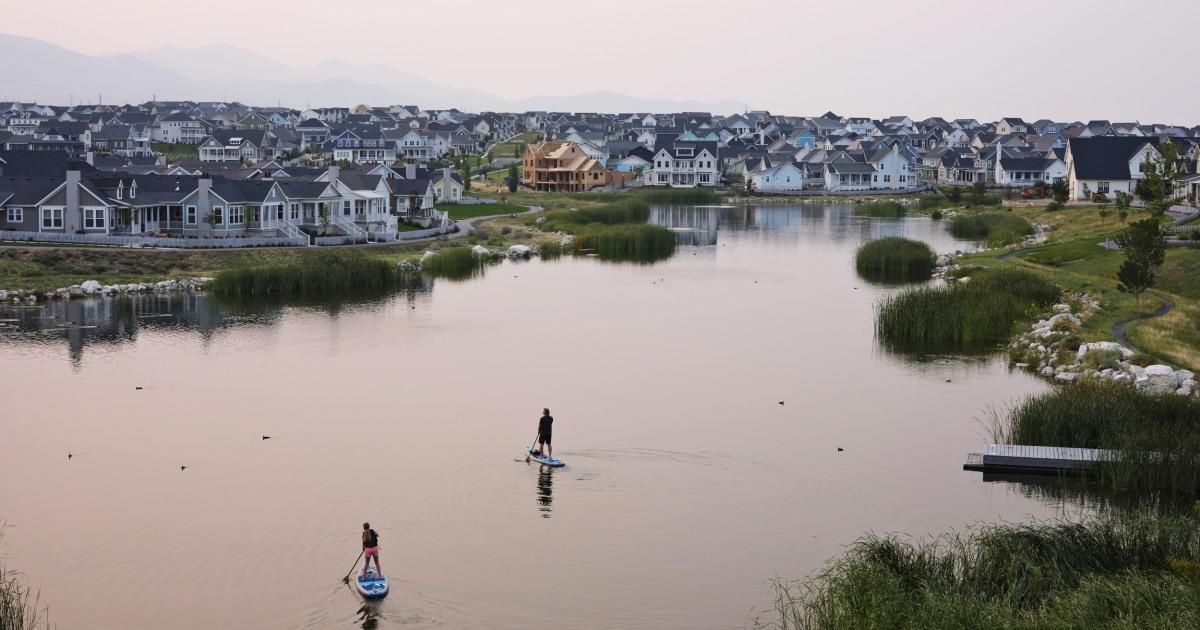 Suburbs take center stage as U.S. growth slows – NBC News