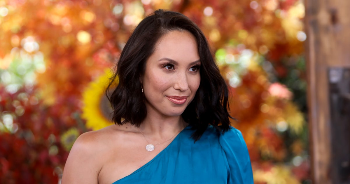 'Dancing with the Stars' pro Cheryl Burke reveals breakthrough Covid diagnosis ahead of show