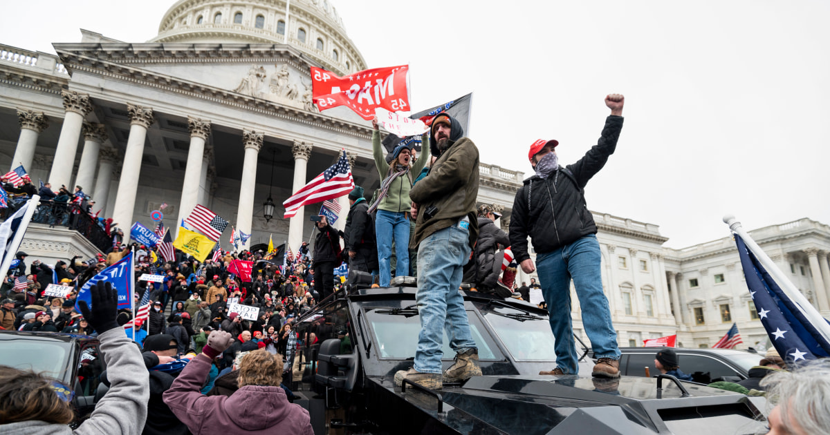 Capitol Police officer charged with helping hide a Jan. 6 rioter's participation