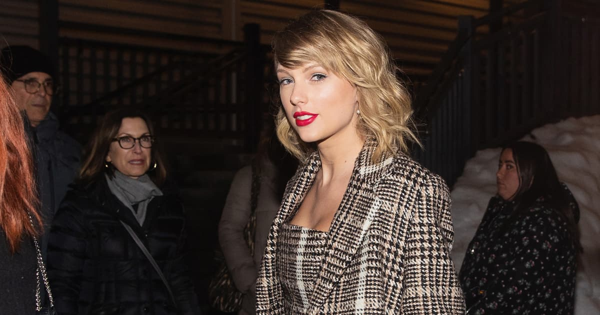 Taylor Swift makes $13,000 donations to 2 moms on verge of eviction amid pandemic