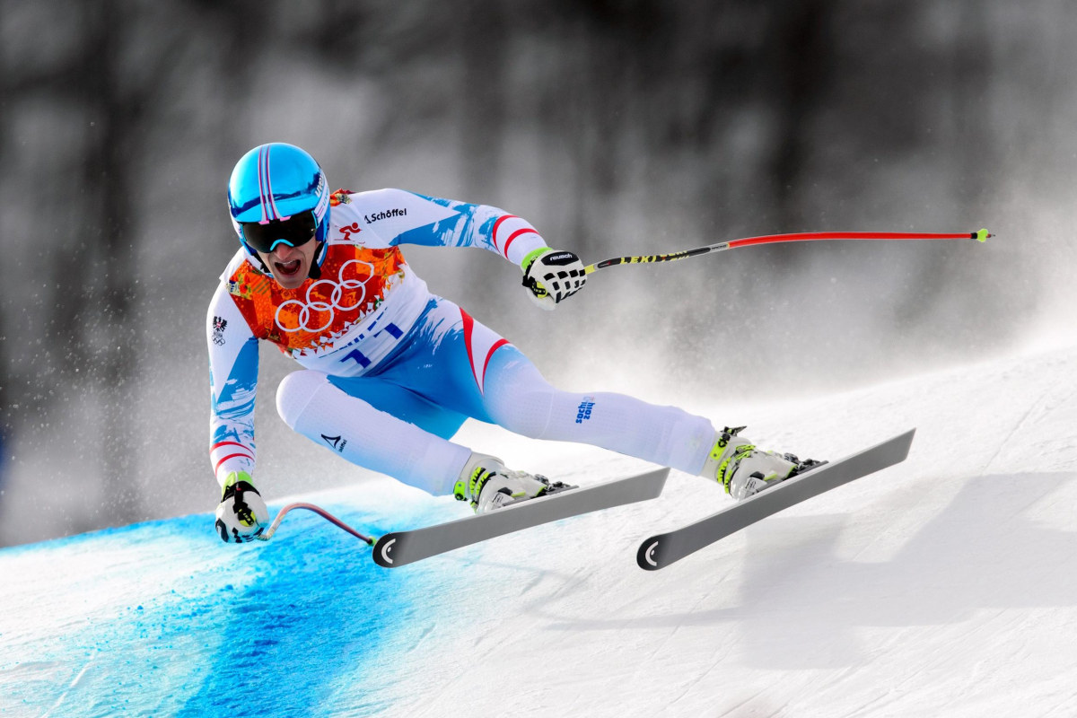 Image: Austria's Matthias Mayer competes during the Men's Alpine Skiing Downhill