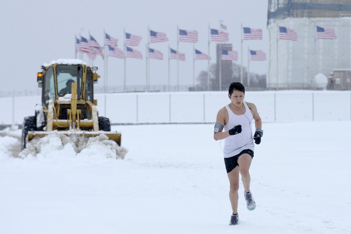Image: Snow Jogger