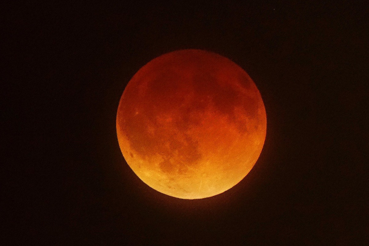 blood moon day today - photo #39