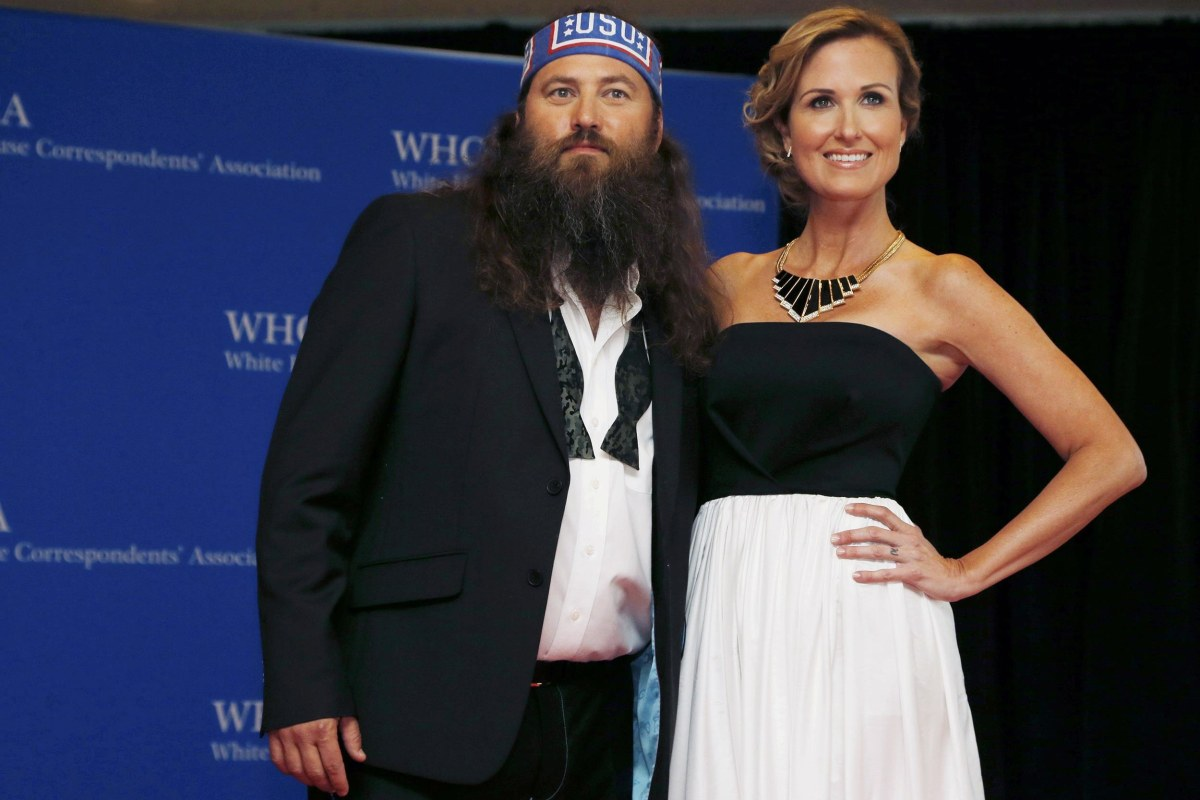 Image: Willie and Korie Robertson arrive on the red carpet at the annual White House Correspondents' Association Dinner in Washington