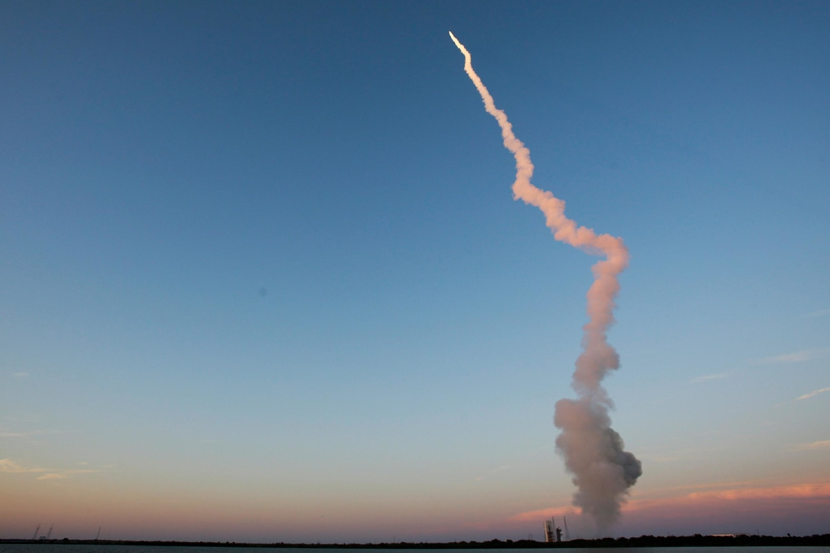 Image: A United Launch Alliance Delta IV rocket carrying an Air Force navigation satellite for the Global Positioning System lifts off from launch complex 37 at the Cape Canaveral Air Force Station