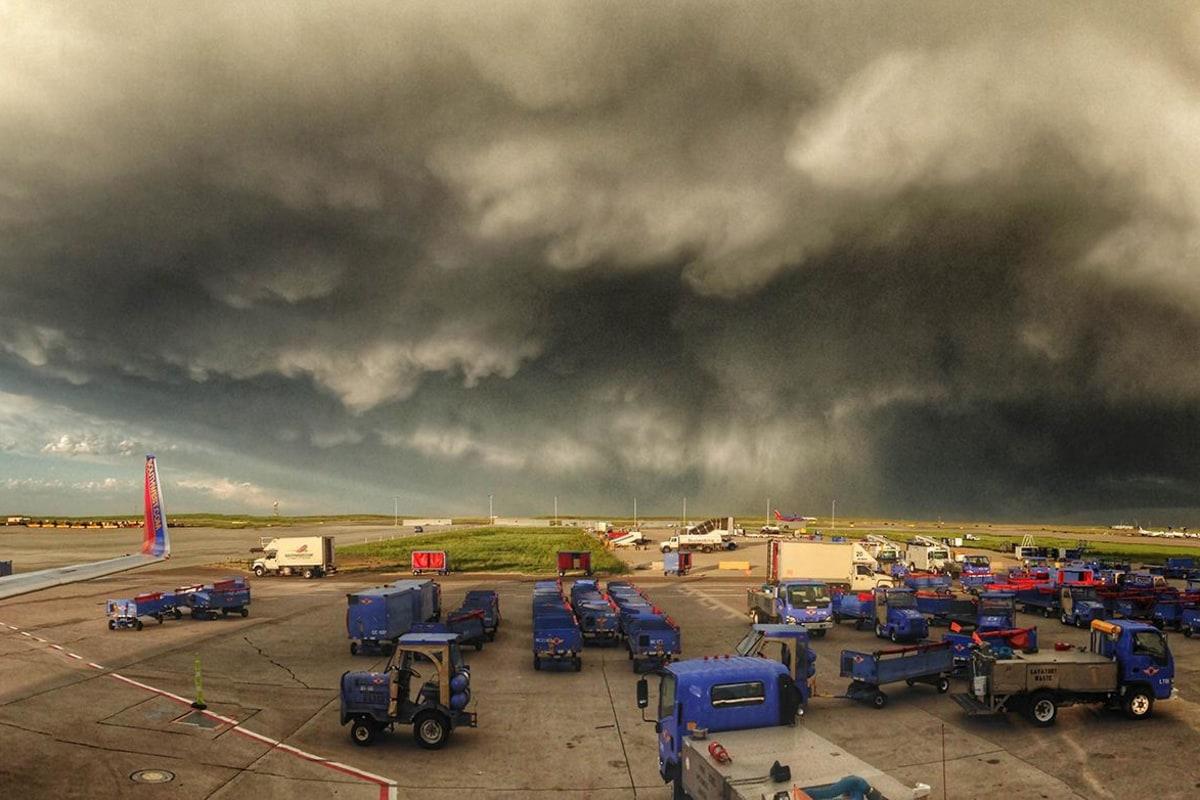 Image: A storm near Denver airport in Colorado