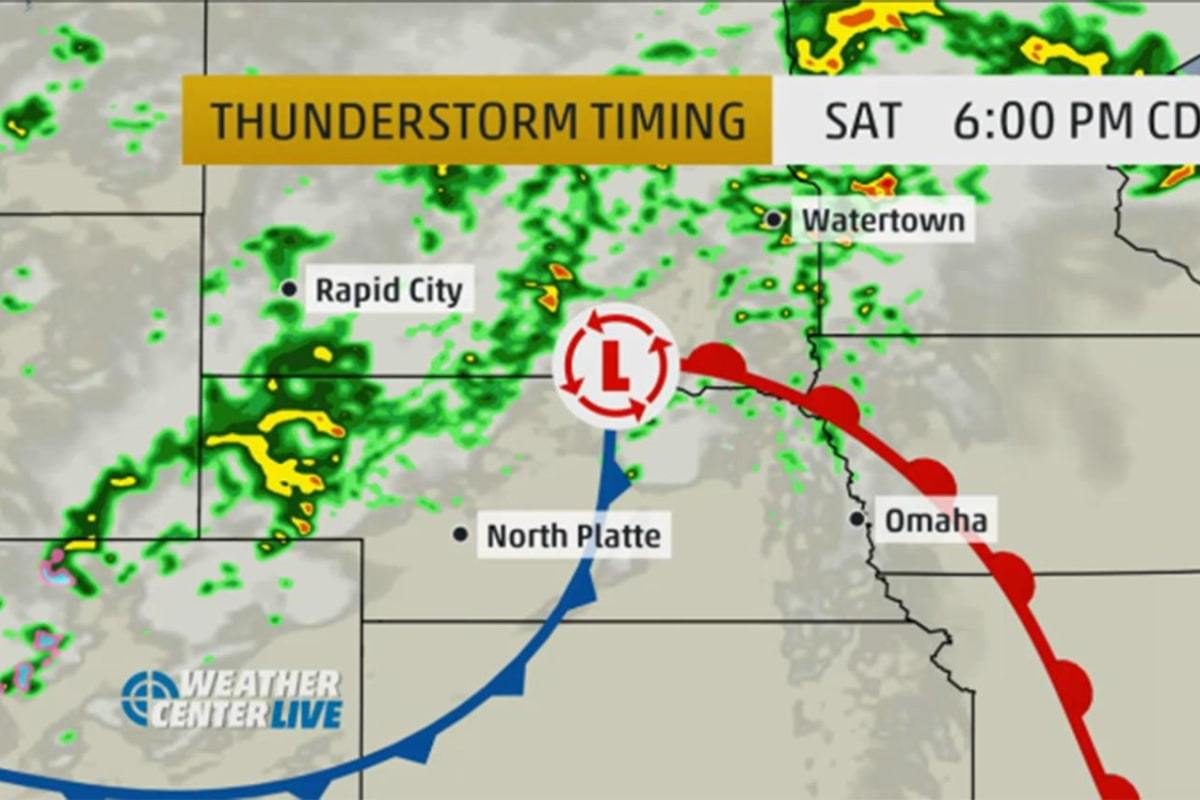 hail  tornado threats return to midwest with weekend storm