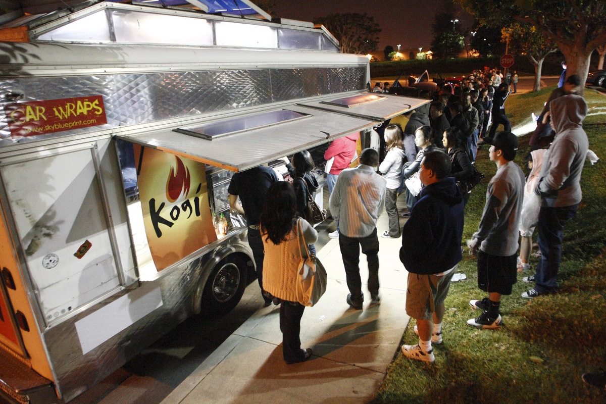 a 17 sandwich why food trucks are getting expensive nbc news. Black Bedroom Furniture Sets. Home Design Ideas