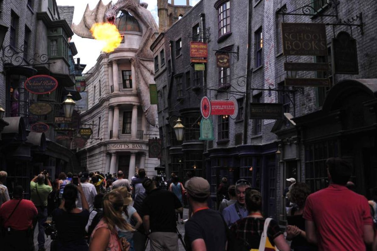 New Harry Potter Escape From Gringotts Ride Has 75 Hour