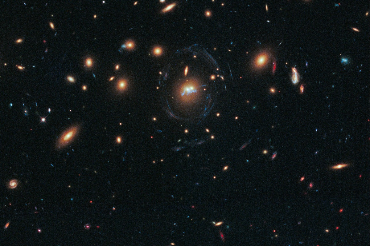 Image: Merging galaxy clusters