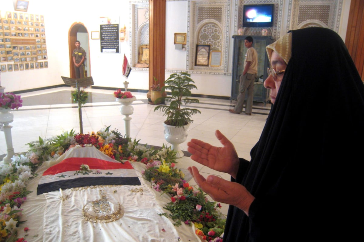 Saddam Hussein's Tomb Attacked, Burned by Militia: Iraq ...