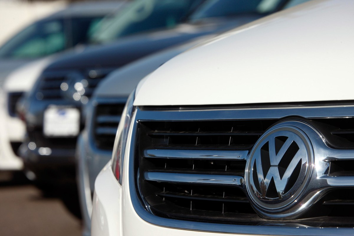 volkswagen recalls 151 000 tiguan suvs nbc news. Black Bedroom Furniture Sets. Home Design Ideas