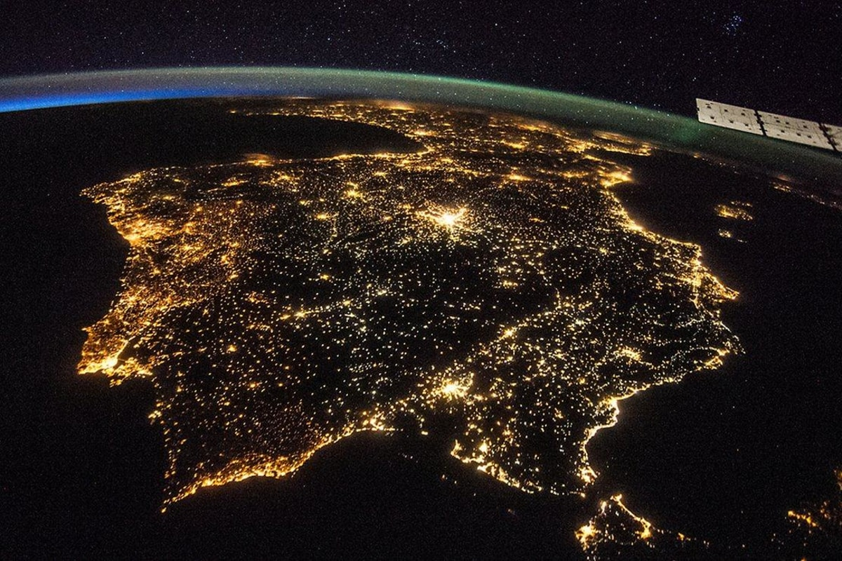 Scientists Want You to Help Crowdsource Night Lights - NBC ...