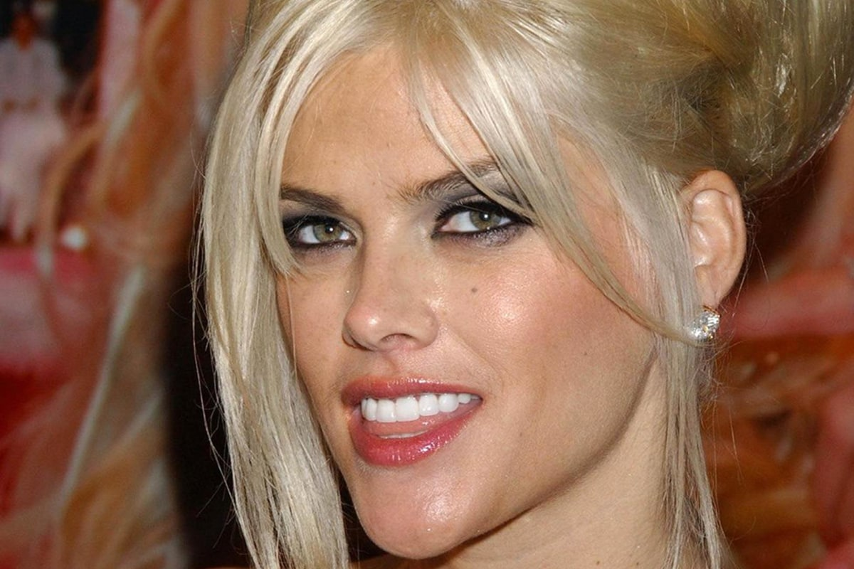 Anna Nicole Smith's Es...