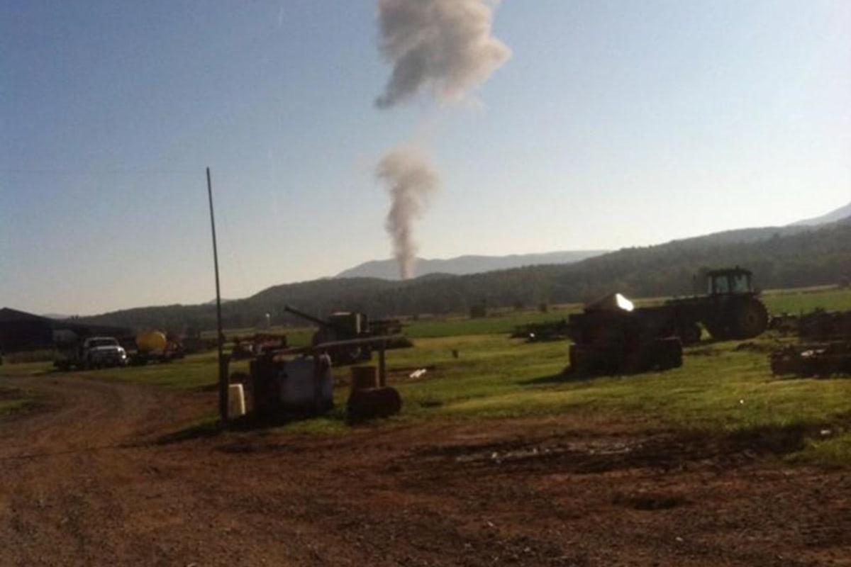 Pilot Missing After F-15 Fighter Jet Crashes in Virginia ...