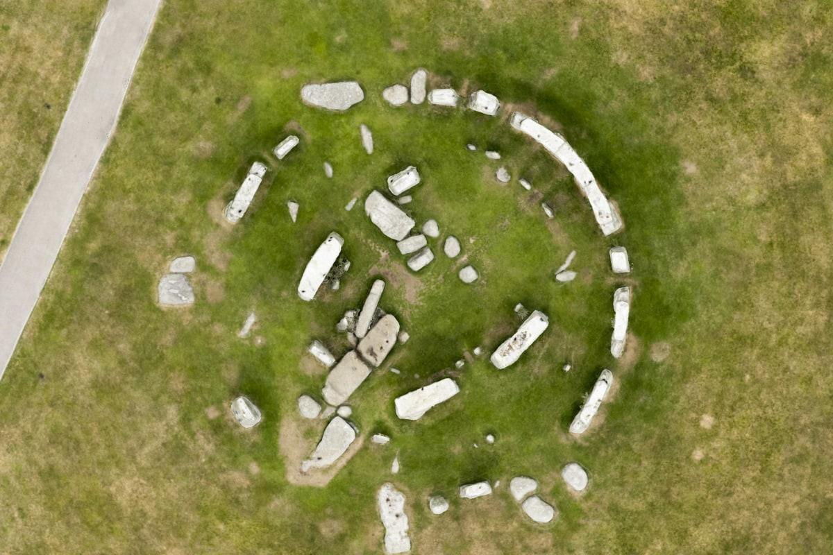 Stonehenge Area Discovered On Mars 2015, UFO Sightings