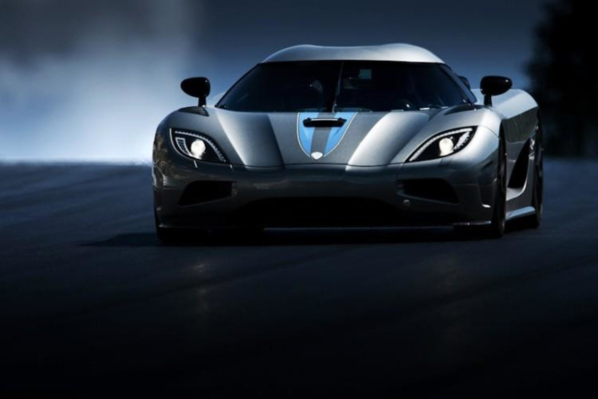Supercar manufacturer Koenigsegg has advised the National Highway Traffic Safety Administration it plans to recall just one single vehicle due to a tire problem.