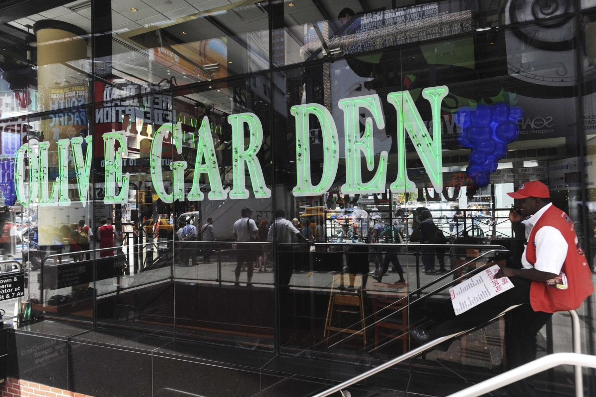 Olive Garden To Go Lifts Darden Profits: Hold The Breadsticks, Serve More Booze! Advice For Olive