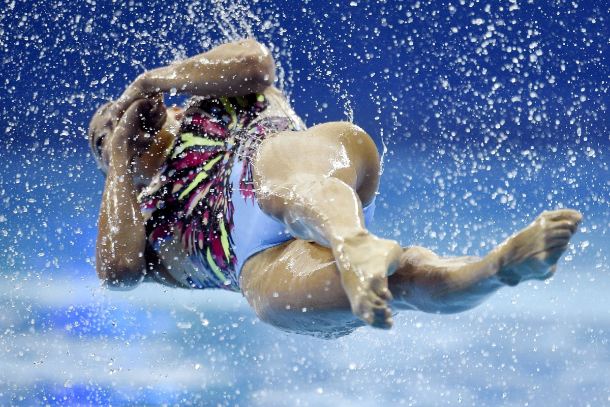 Image: synchronised swimming event