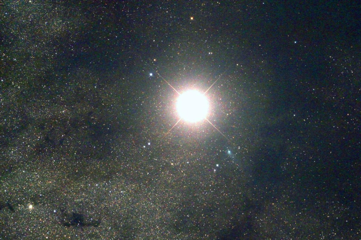 Image: Mars and comet