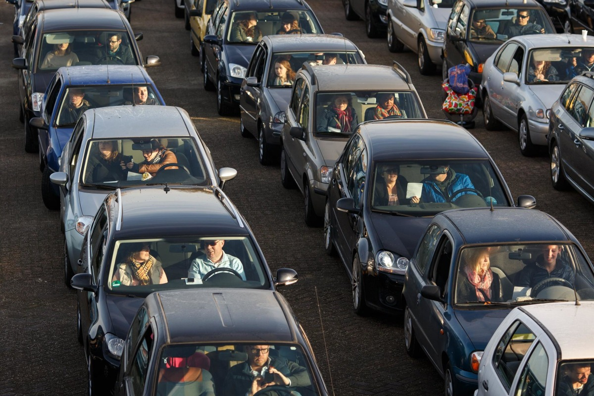 Image: Bird Flu Transport Ban Forces Church Service To The Street