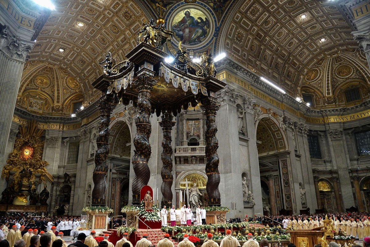 Pope Francis Leads Christmas Eve Mass at the Vatican - NBC News