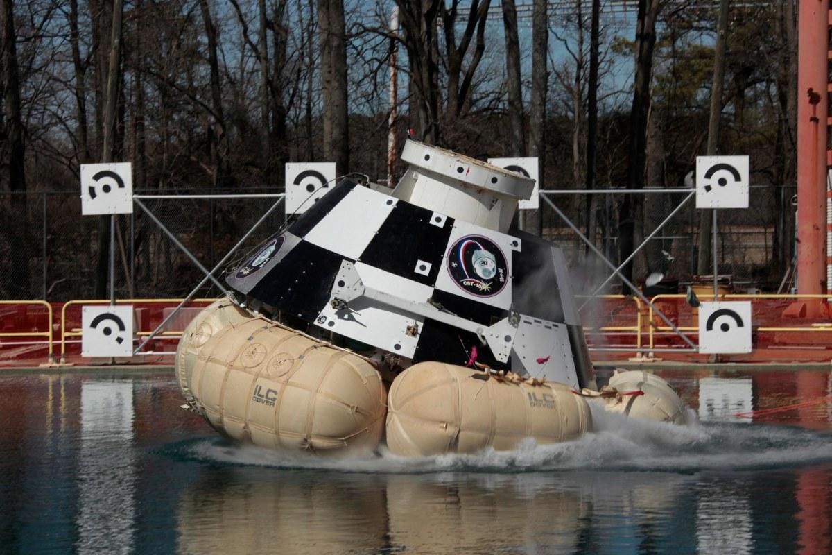 Image: CST-100 splashdown