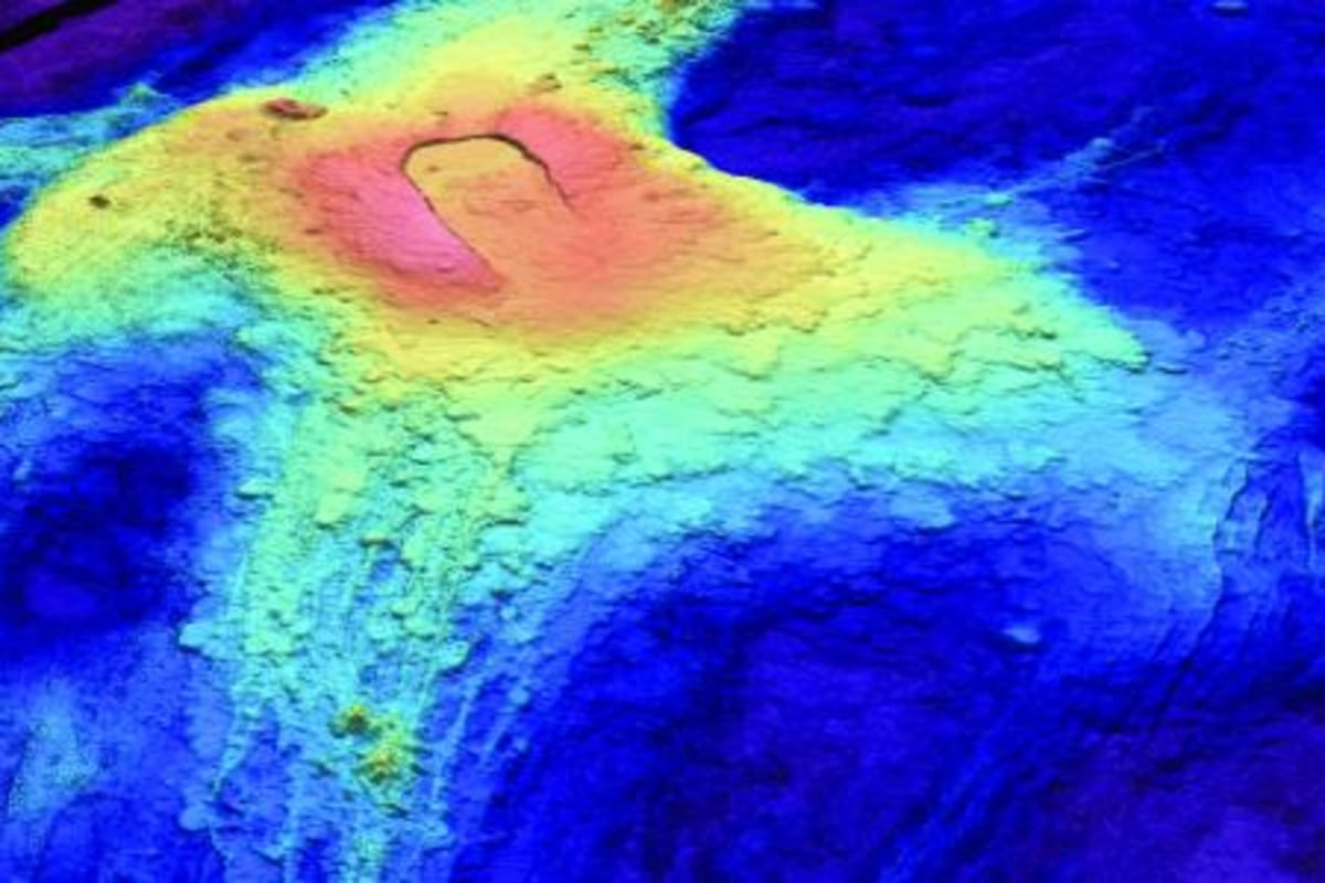 There She Blows? Underwater Volcano May Be Erupting Off ...