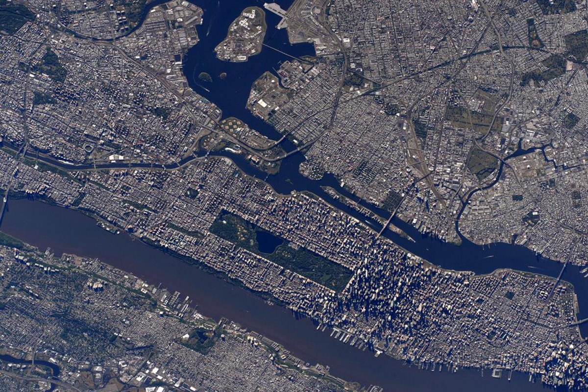150523 manhattan from space yh 1024a 3ca91dd57b68622fa4f819e8ad73afed.nbcnews fp 1200 800