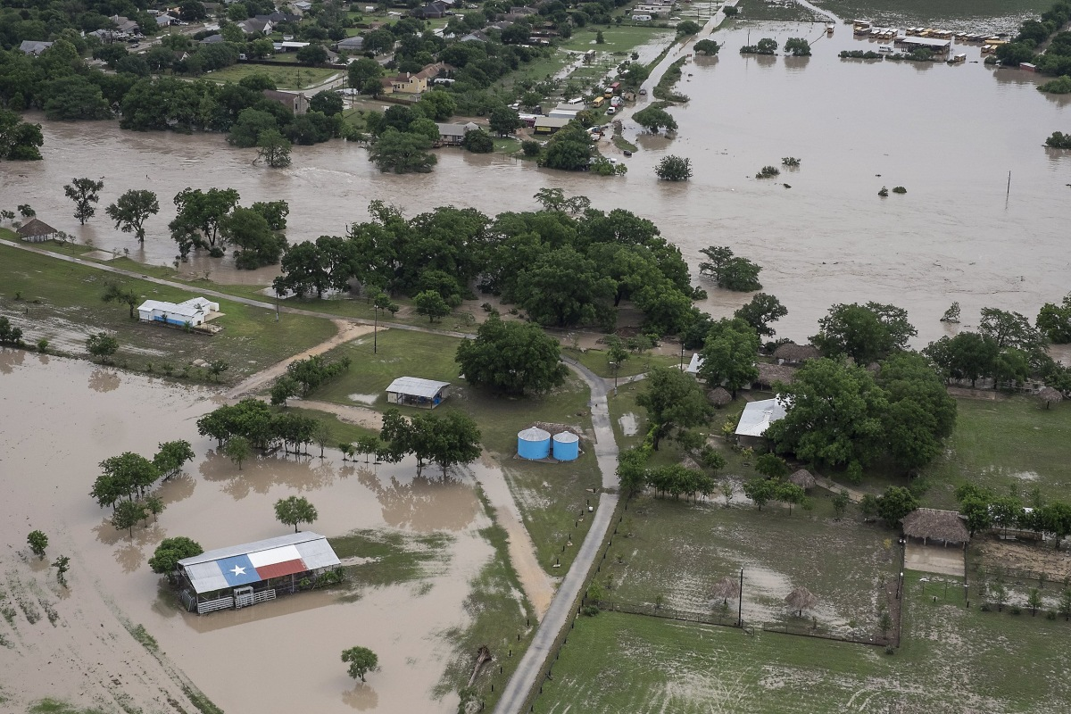 ... Out Hopes That Family Swept in Texas Floods Will Be Found - NBC News