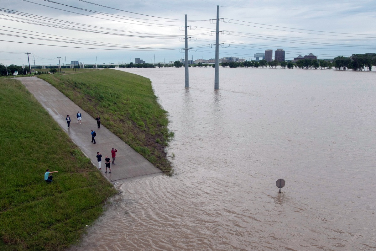 Texas Flooding: Death Toll Rises to 24 as Rivers Swell, Searches ...