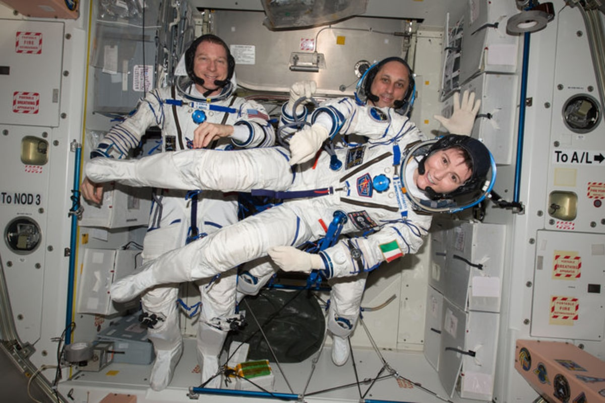 Italian Astronaut Samantha Cristoforetti Sets Record for ...