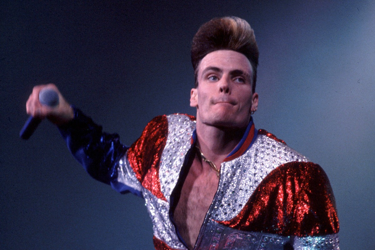 Revisit Vanilla Ice's Unforgettable '90s Looks - NBC News