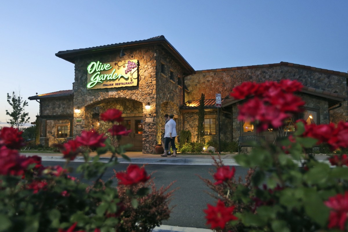 10 reasons why i am forever a jersey girl for Olive garden national pasta day
