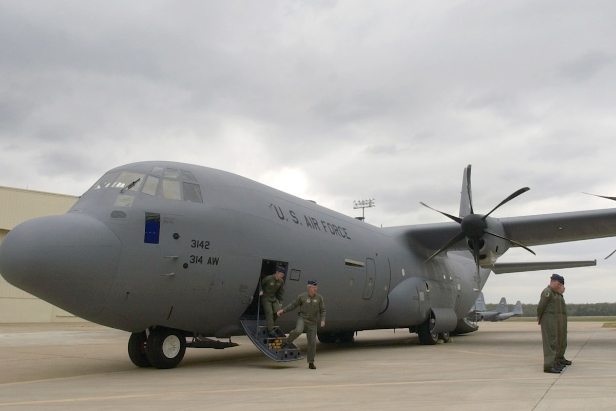 C 130 Military Transport Aircraft 130 Crashes in Afghani...