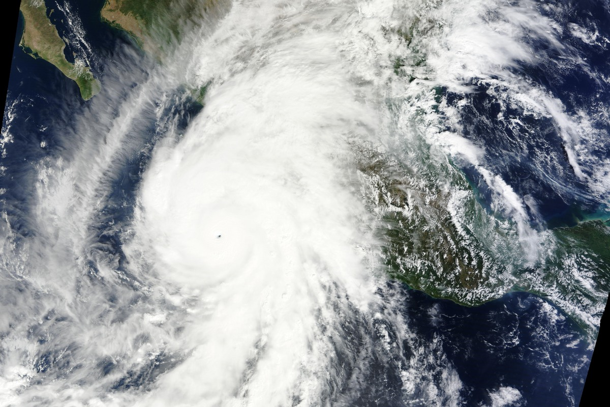 Hurricane Patricia Weakens to Category 2 After Making Landfall in ...