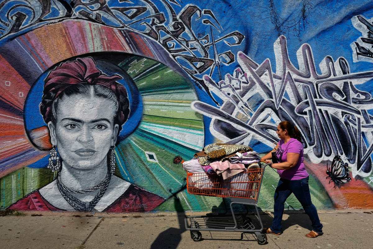 Latino Street Artists Inherit L A S Chicano Tradition