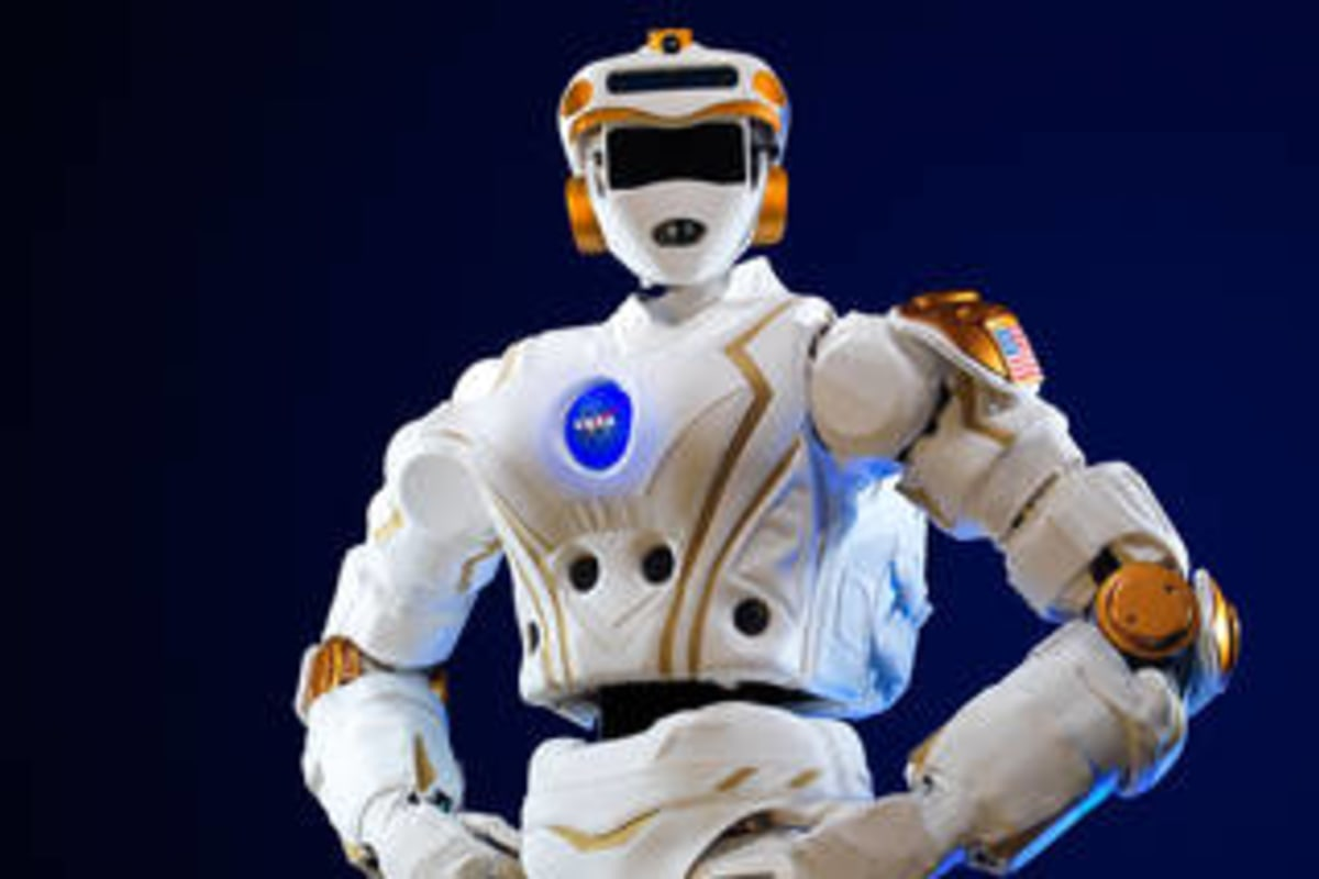 NASA Teams Up With Universities to Prep Robots for Space ...