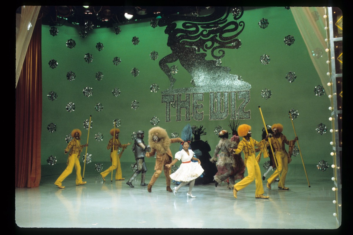 the wiz essay Find the wiz [dvd] at amazoncom movies & tv, home of thousands of titles on dvd and blu-ray.