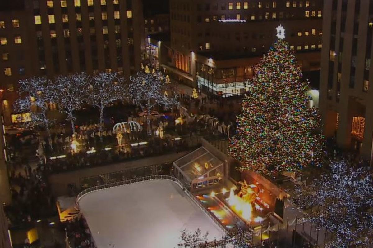 Live plaza cam rockefeller center christmas tree nbc news