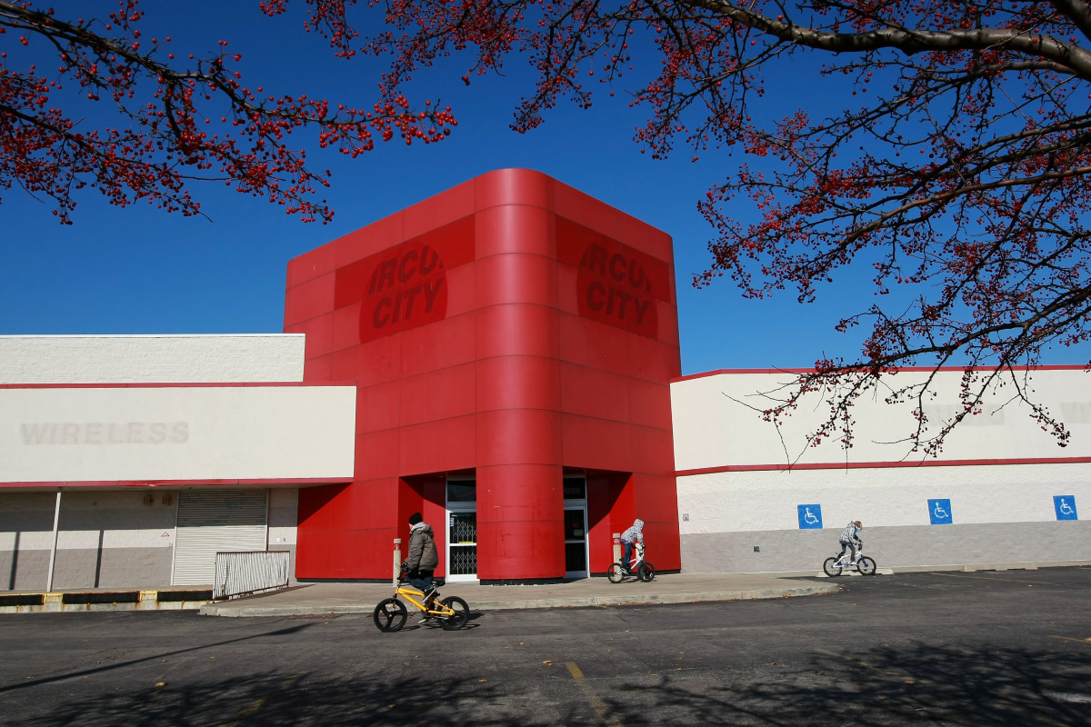 Return Of Circuit City Stores Could Open By End Of Year