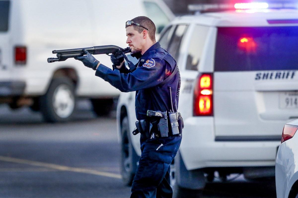 Four Dead, Including Gunman, 14 Injured in Kansas Shooting ...