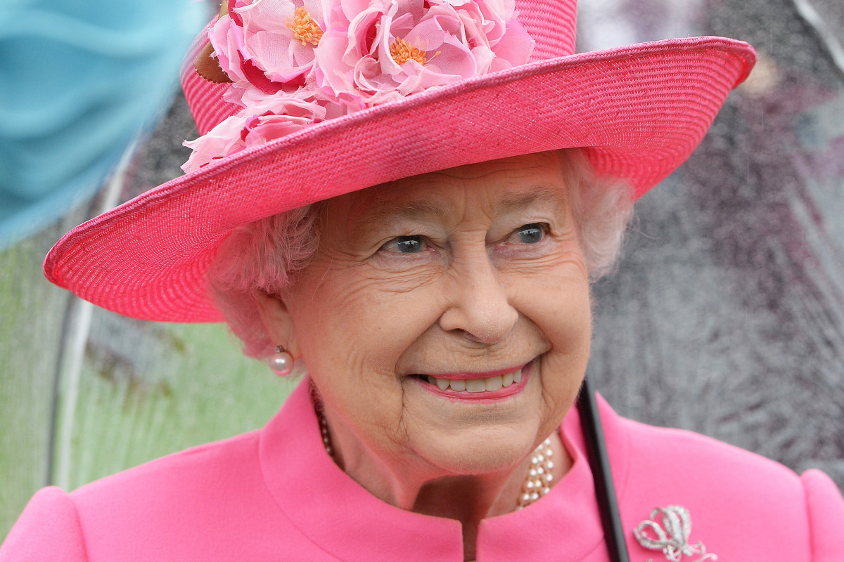 Britain's Queen Brands Chinese Officials 'Very Rude'