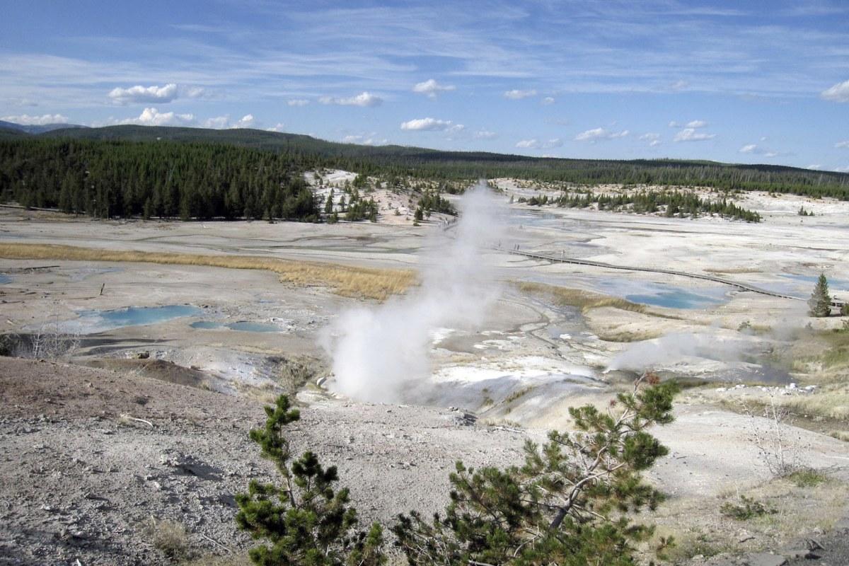 geyser single guys Home » blogs » mara reed » geyser interlude single geyser exhibits something that and insight from the geyser gazer community i'm sure you guys.