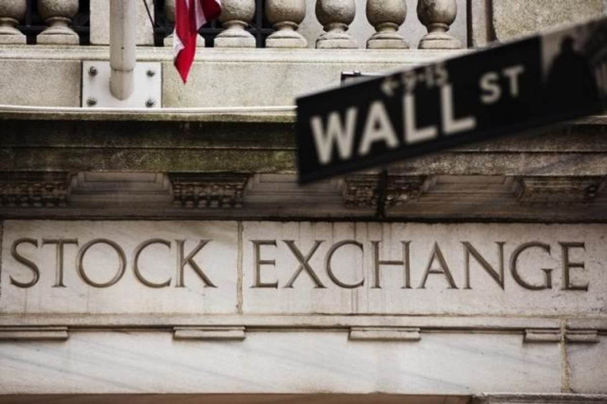 Wall Street Bonuses Expected to Decline for Bankers, Traders Report NBC News