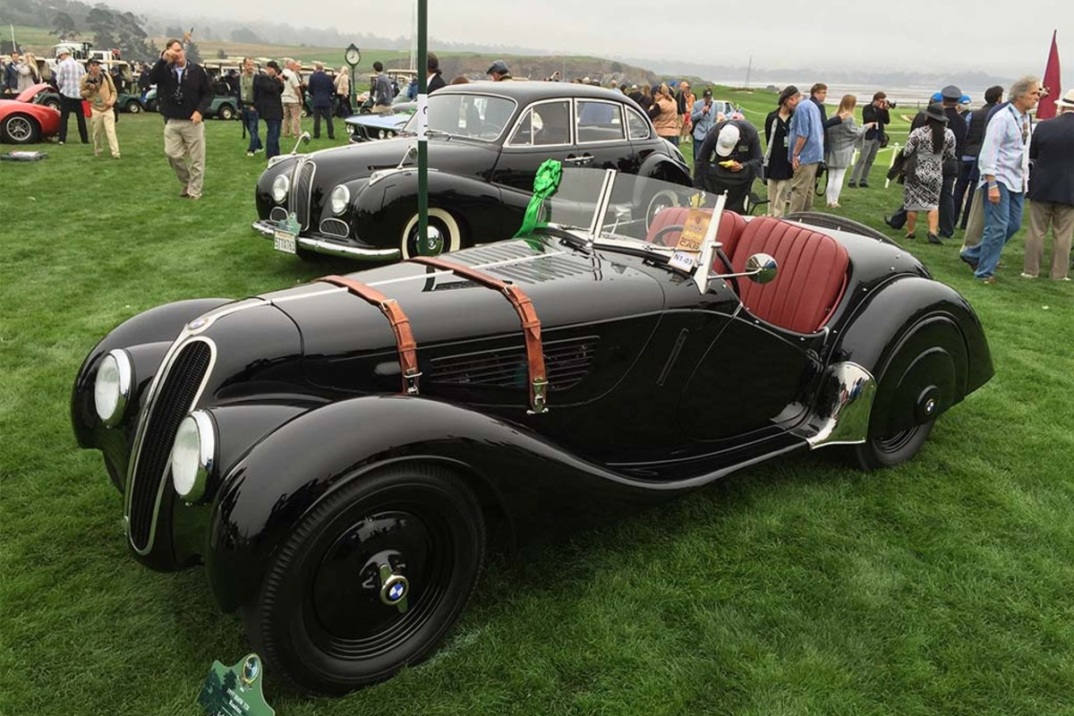 At pebble beach 39 s concours d 39 elegance 500m in classic for Pebble beach collection