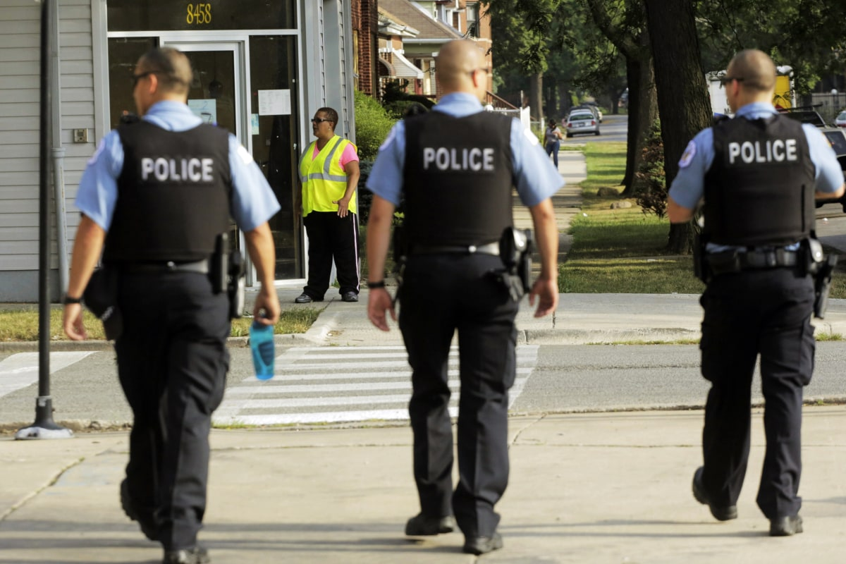 Report Shows How Many Chicago Police Officers Patrol Each ...