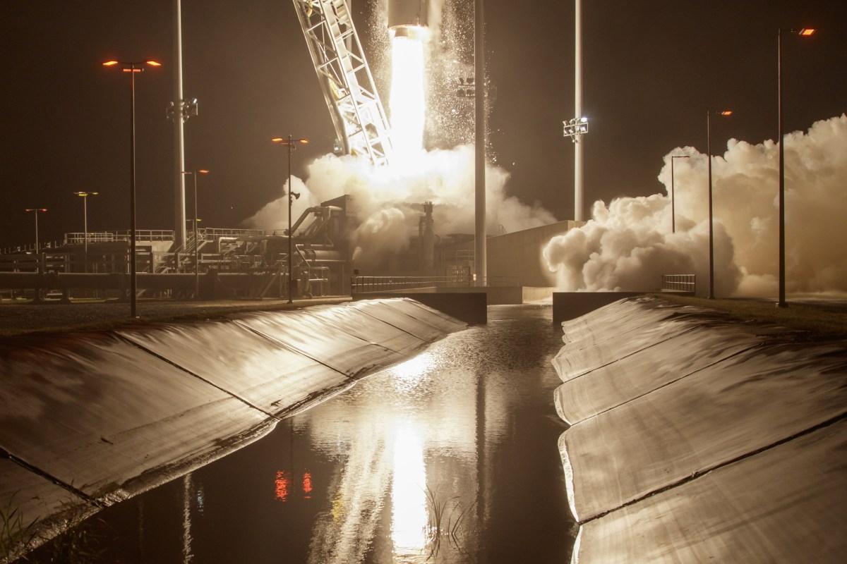 Image: BESTPIX Antares Rocket
