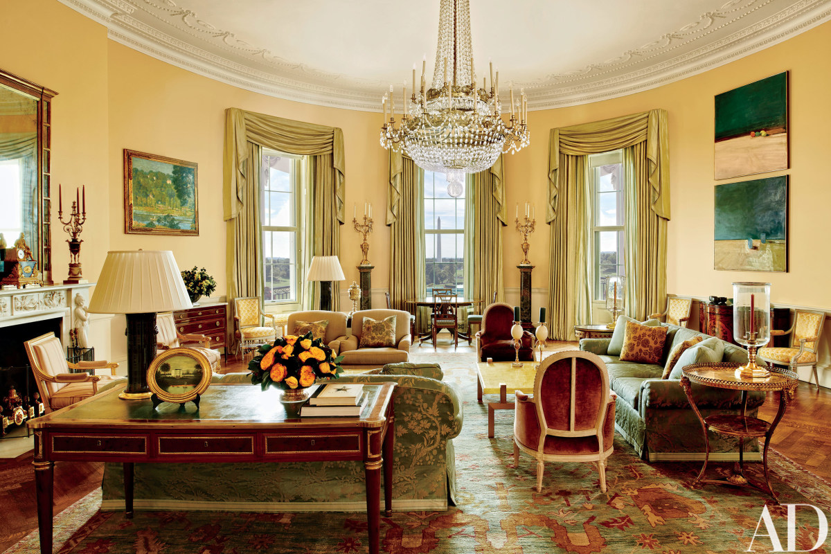 Look inside the obamas 39 stylish white house home nbc news for Dep decoration interieur