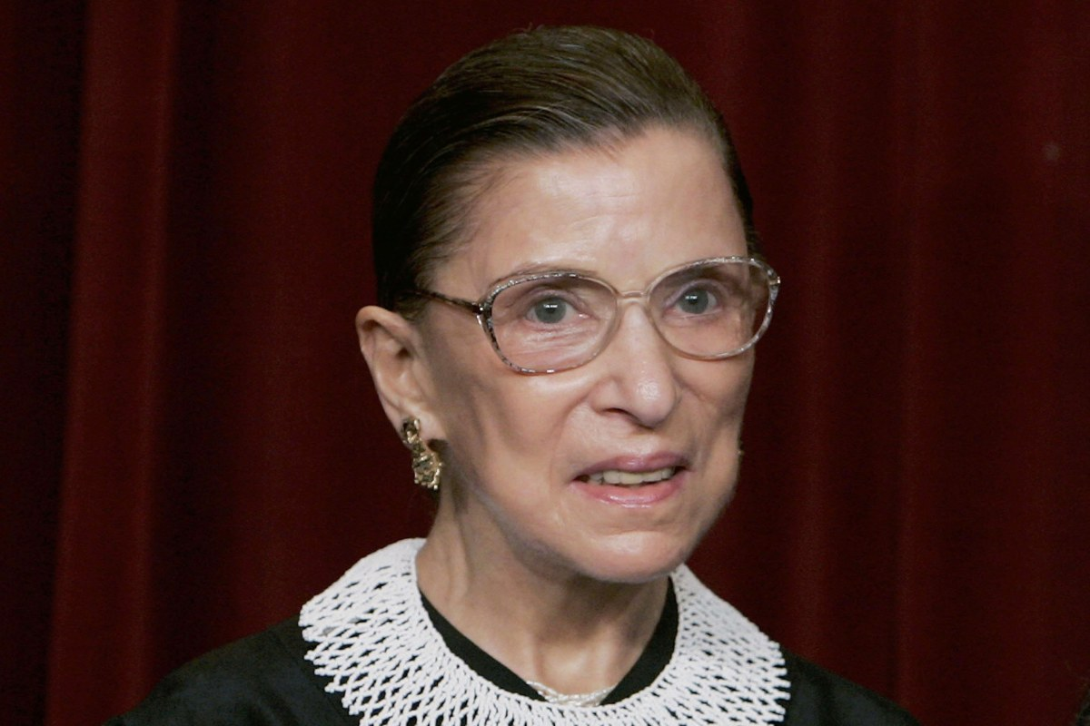 Justice Ginsburg Wears 'Dissent' Collar Following ...
